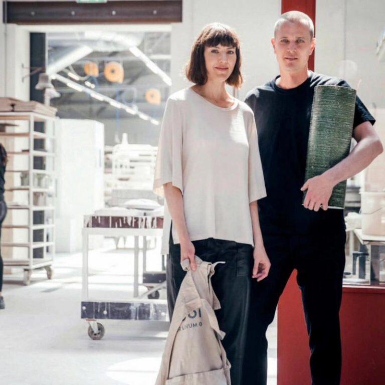 De Bole vaas is ontworpen door Truly Truly. Het ontwerpbureau is in Rotterdam gevestigd maar de 2 oprichters van de studio